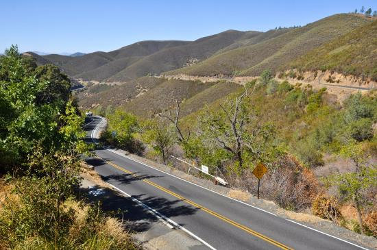 Big Oak Flat, Kalifornien: View of New Priest Grade Road, Moccasin, Nr Yosemite NP, CA, USA