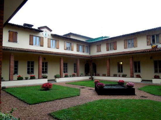 Lovere, Italien: Дворик