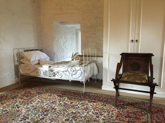 Oldcastle, Ierland: Upper Tower bedroom, daybed