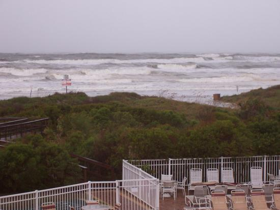 The Beach Club at St Augustine: Viiew of the Ocean from our balcony