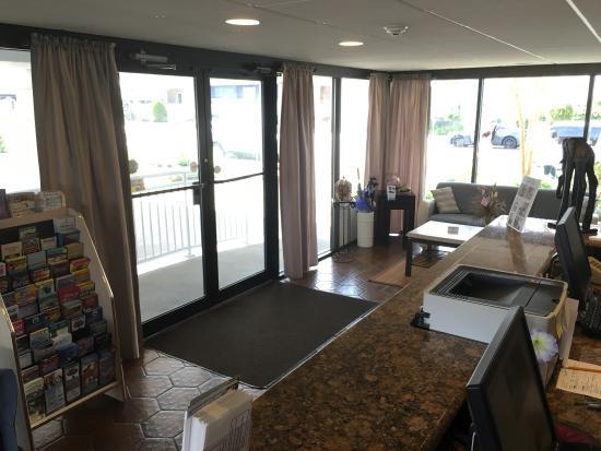Harris House Motel: Lobby