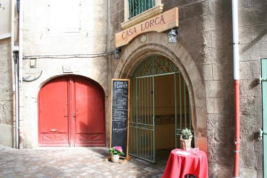 Pézenas, Francia: Nuestra bonita entrada
