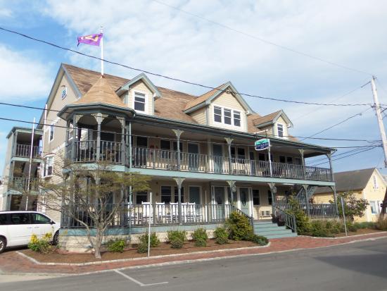 The Dockside Inn from across the street