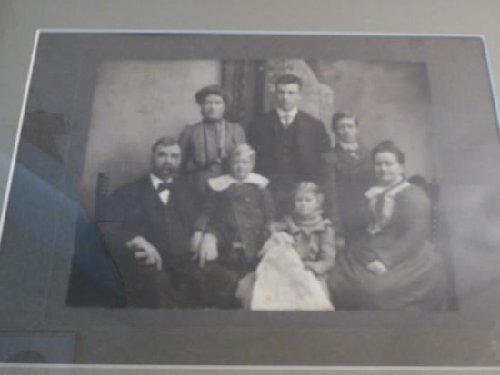 Leesburg, VA: Family Photo