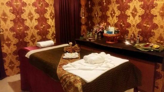 Loma Resort & Spa : ร้านนวดใกล้ๆรีสอร์ท เปิดใหม่สะอาด มีบริการหลายอย่าง นวดไทย นวดเท้า นวดน้ำมัน นวดอโรมา สปาหน้า สป