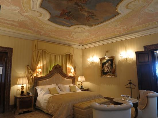 Hotel Rooms in Venice  Hotel Danieli a Luxury Collection