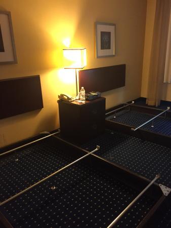 Montgomery Inn & Suites: photo2.jpg