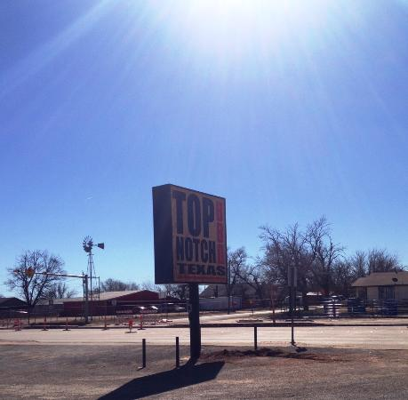 Childress, TX: Sun is always shinning at Top Notch
