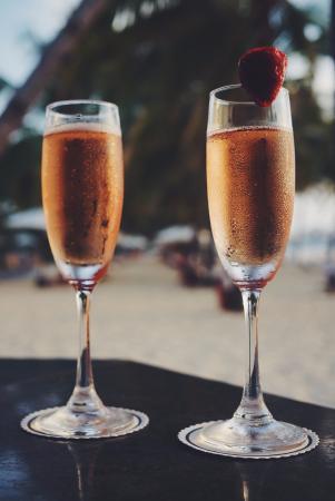 The Leela Goa: Beach bar cocktails at sunset