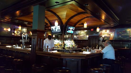 Fairfax, VA: Artie's Bar