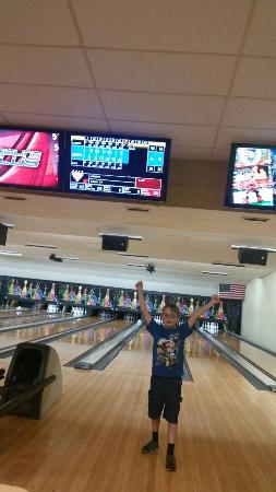 Cowtown Bowling alley