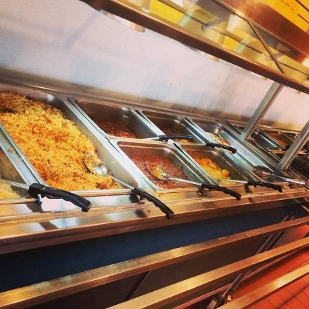 Hopkins, MN: Lunch Buffet