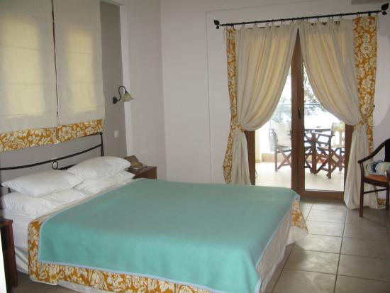 Country Inn Hotel: Sea View Room