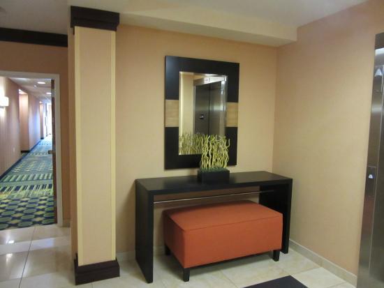 Fairfield Inn & Suites by Marriott Naples: hotel lobby