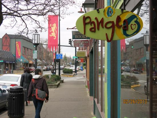 We've been enjoying Pangea for years -- spring, summer, fall. Note the Shakespeare banner.