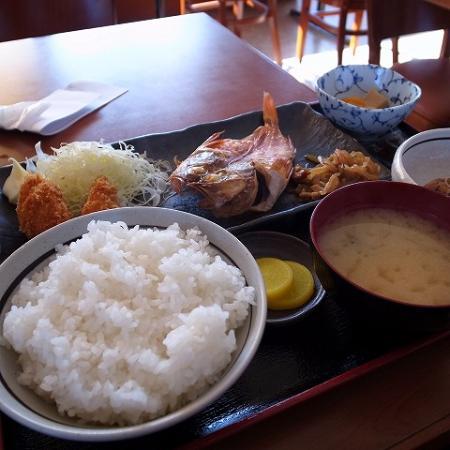 Sayama, Japón: 焼き魚定食500円