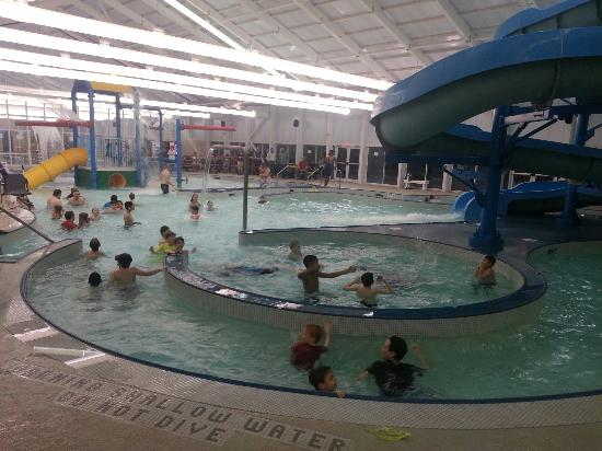 Buford, Geórgia: Bogan Park Aquatic Center