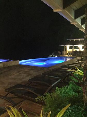 Speyside, Tobago: Pool at night