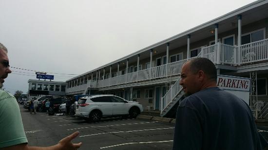 Americas Best Value Mt. Royal Inn : 20160521_151456_large.jpg