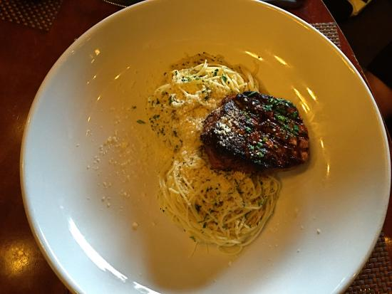 Andiamo Italian Bistro : Oil and Garlic Pasta with steak. The steak was absolutely delicious!