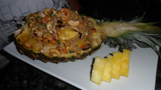 Suki Cafe: Fresh Pineapple with the Fried Rice