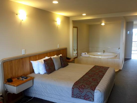 Pebble Beach Motor Inn: photo3.jpg