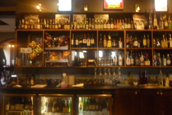 Brighton, Australia: The Bar
