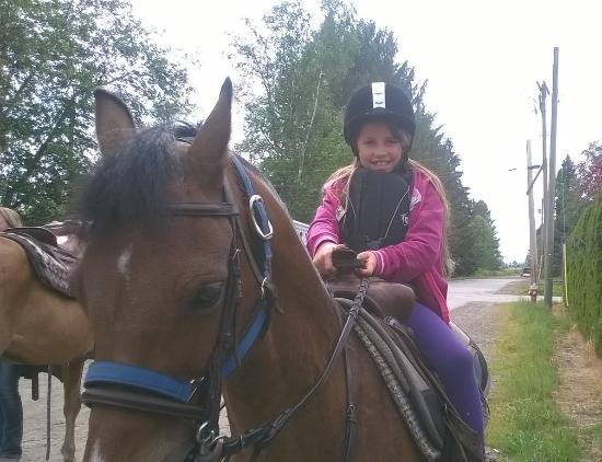 Pitt Meadows, Canadá: A very happy 7 year old.