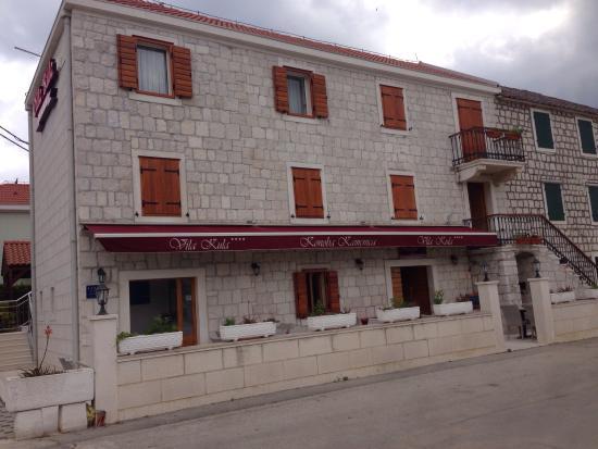 ヴィラ クラ ホテル