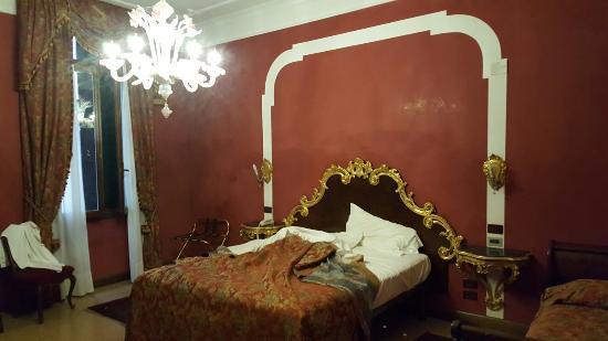 San Cassiano Residenza d'Epoca Ca' Favretto: 20160520_082413_large.jpg