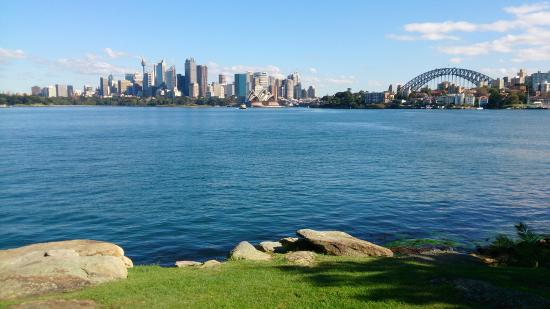 Cremorne Foreshore Walk - perfect spot for a picnic taking in the stunning Sydney skyline!
