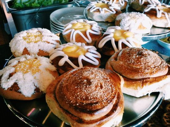 Floro, Norge: A selection of freshly baked treats