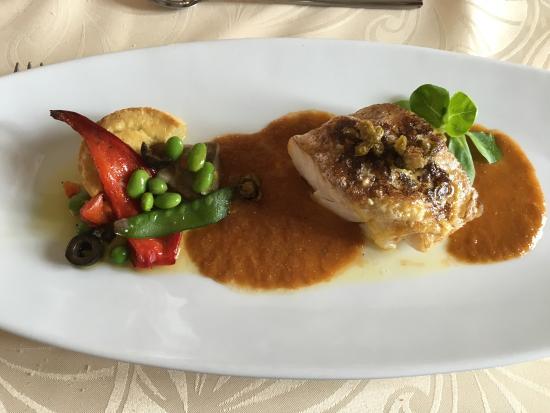 Valros, Francja: Très bon restaurant, une cuisine recherchée et de qualité.