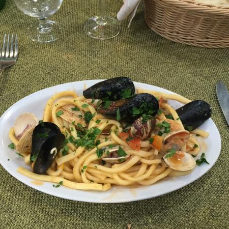 Hostaria Plinio : the best mixed seafood with fresh pasta