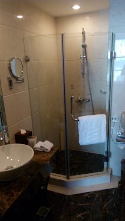 The Bund Hotel Photo