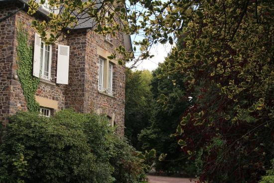 La maison rouge b b montauban de bretagne france voir for A la maison rouge