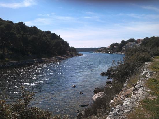 Makirina Trail