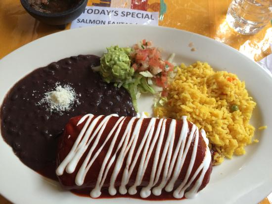 Morris Plains, Nueva Jersey: Smothered Beef Burrito