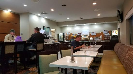 Marshall, MI: Zona colazione