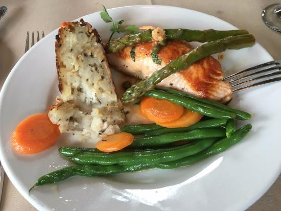 Bridge Street Bistrot & Wine Bar: My already-begun salmon dinner