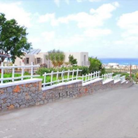 Panorama-Seaview Studios & Apartments