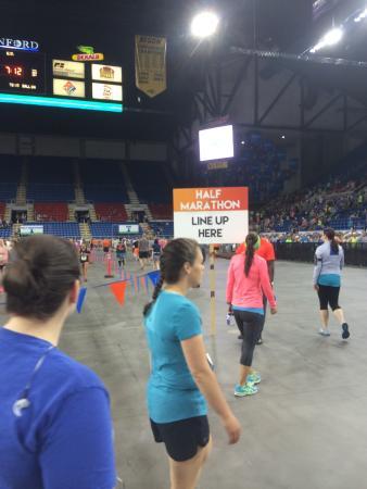 Fargo Marathon: Lining up for the half