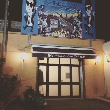 Bernalda, Italia: Memphis Pub