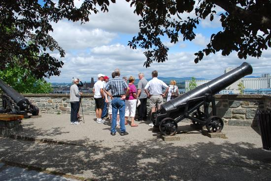 Tours Voir Quebec: On the ramparts of old Quebec City