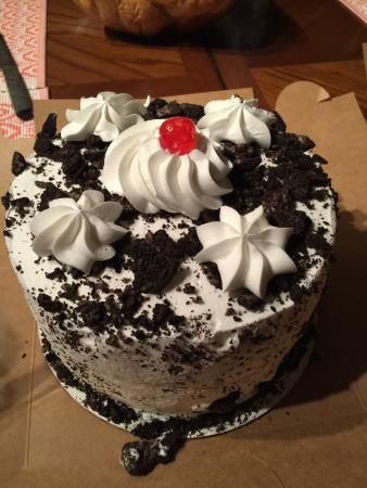 Olivers Bakery Cookies And Cream Cake Delish