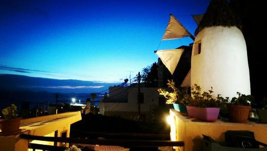 Oniro Wine Bar Restaurant: from the roof garden...