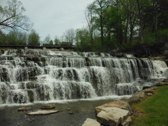 Almonte Village : Water Falls near Mississippi Mills Textile museum. Almonte (Mississippi Mills)