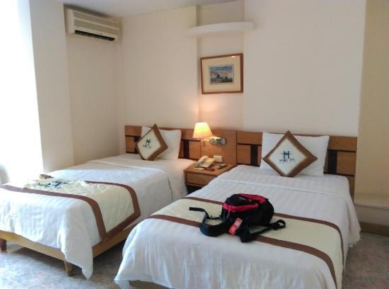 Ngoc Ha Hotel: IMAG1702_large.jpg