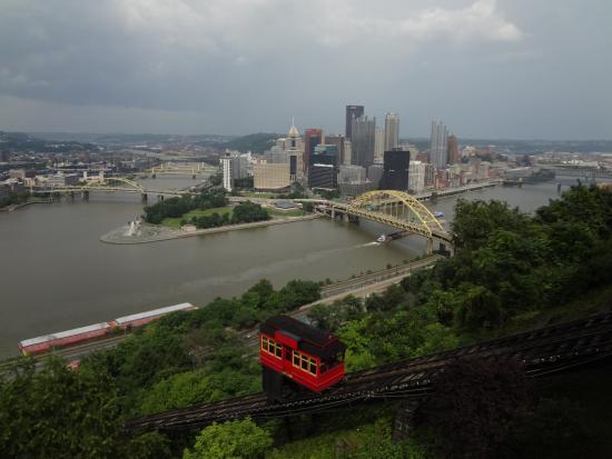 Mount Washington: A gorgeous view of Pittsburgh from atop Mt. Washington
