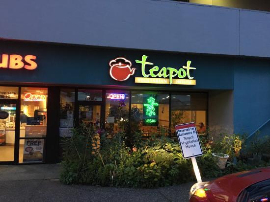 Redmond, Waszyngton: Teapot Vegetarian House